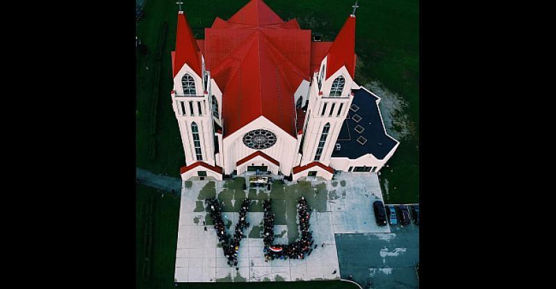 FOTO VIJEST Kanadski Hrvati predivnom milenijskom fotografijom pružili podršku vukovarskim žrtvama