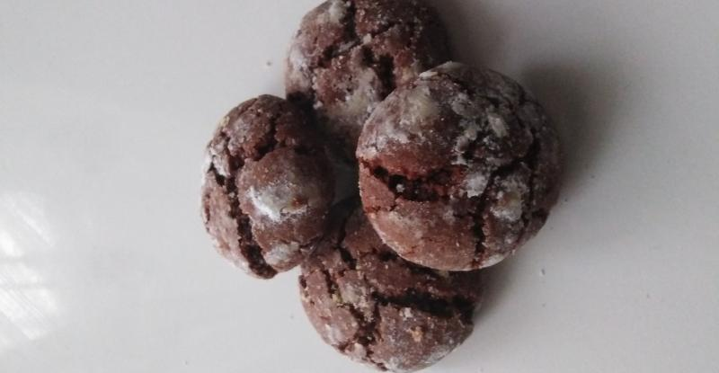 ČOKOLADNI RASPUCANCI idealan mekani keksić s neodoljivim okusom čokolade