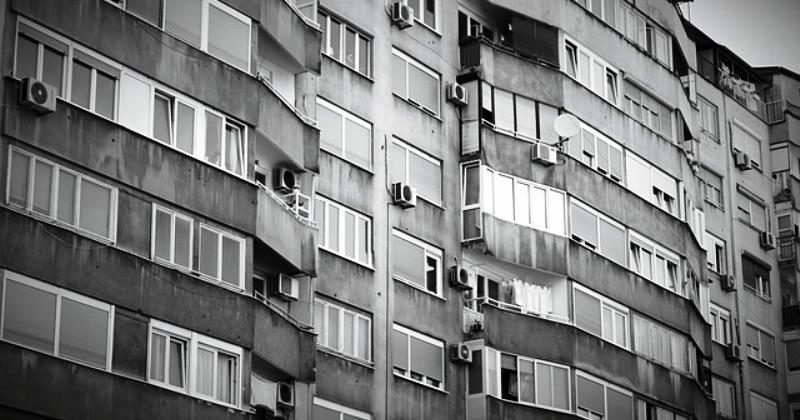 ZBOG TEŠKE EKONOMSKE SITUACIJE Građani BiH zadužili se za pet milijardi eura, dominiraju krediti za 'golo preživljavanje'