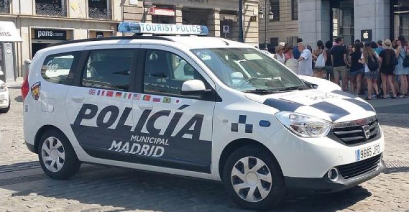 POLICIJA U MADRIDU Počinje koristiti pištolje elektrošokere, imaju i kameru za snimanje intervencija