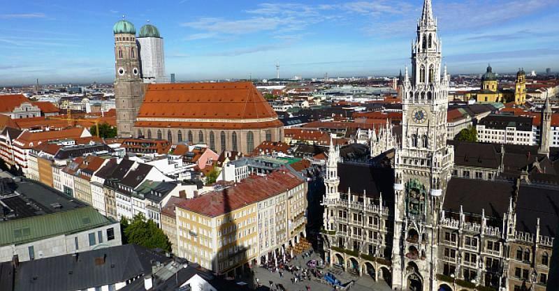 ISPOVIJEST IZ PRVE RUKE U München sam došao pun entuzijazma i energije, duboko razočaran Sarajevom i Bosnom. Sad želim nazad
