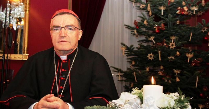 Božićna poruka nadbiskupa zagrebačkoga kardinala Josipa Bozanića: Čestit Božić u vašim obiteljima, molim za sve vas blagoslov u novoj 2020. godini