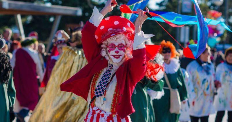 KRENULO MAŠKARANO LUDILO Crikvenički meštar preuzeo ključeve grada, odbrojavaju se dani do vikenda i najšarenije zabave u godini…