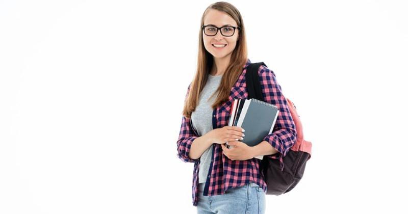 ZA PRIPADNIKE HRVATSKIH NACIONALNIH MANJINA I HRVATSKOG ISELJENIŠTVA  Posebna upisna kvota na visokim učilištima i u akademskoj godini 2020./2021.