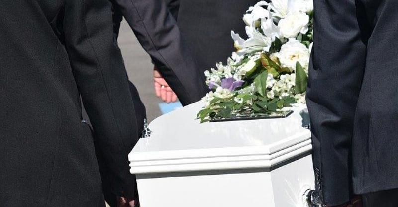 NIKAD NEOBIČNIJE KARMINE Zaradio je mirovinu u Njemačkoj, stekao vrijedan imetak, umro u svojoj Slavoniji i u oporuci zatražio od djece nikad viđene karmine