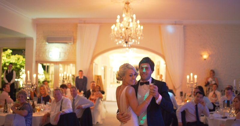 OD RASPOREDA SJEDENJA DO PLESANJA Evo što sve morate znati ako organizirate svadbu ili slavlje u vrijeme pandemije