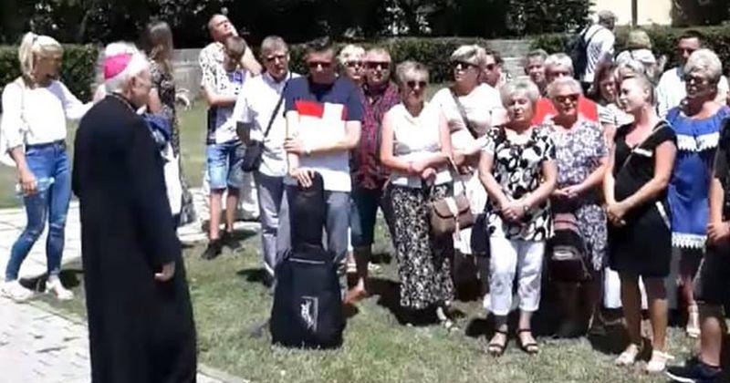 PRVI STRANI HODOČASNICI U MEĐUGORJU Pristigli vjernici iz Irske, Austrije, Njemačke…, no jedna je skupina izazvala posebnu pažnju