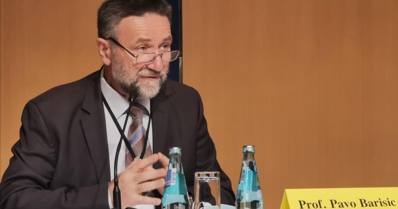DEKAN FAKULTETA HRVATSKIH STUDIJA Prof. dr. Pavo Barišić sudjelovao na 48. Paneuropskim danima u njemačkom gradu Hofu