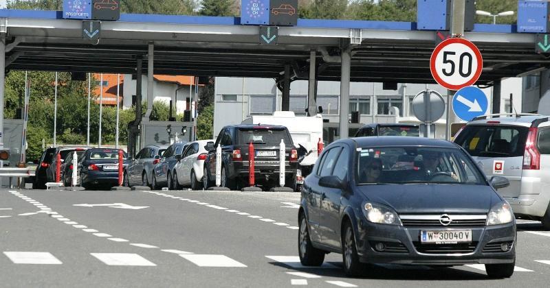 AKO PUTUJETE U HRVATSKU NA MORE? Na graničnim prijelazima u Istri najudarniji vikend ovoga ljeta