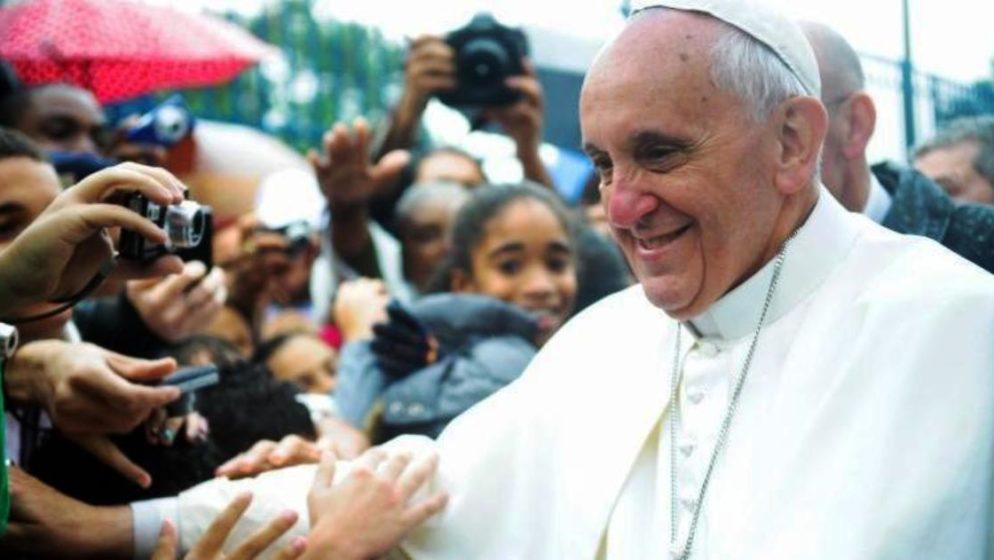 KOMENTAR NA IZJAVU PAPE FRANJE KOJA JE ŠOKIRALA CIJELI SVIJET: 'Bolje biti ateista, nego ići u crkvu i mrziti druge'