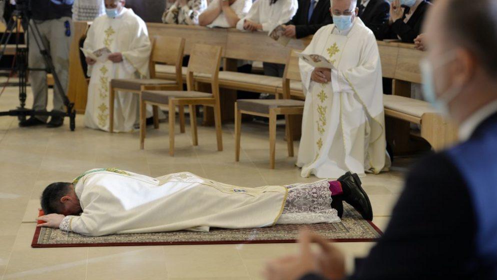 Mons. Ante Jozić zaređen za biskupa nakon čak dvije odgode