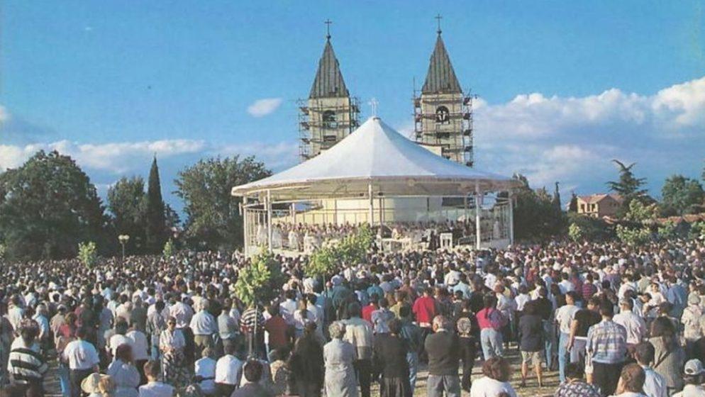 Pogledajte kako su 80-tih godina izgledale svete mise u Međugorju