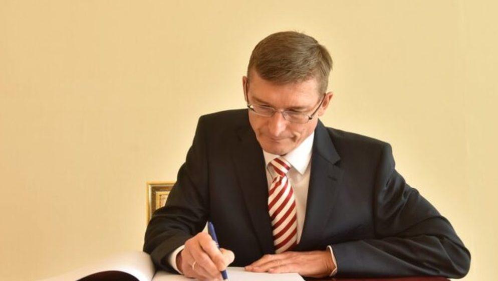 Sredstava namijenjena obilježavanju nacionalnog praznika Republike Austrije darovat će Hrvatskom Caritasu