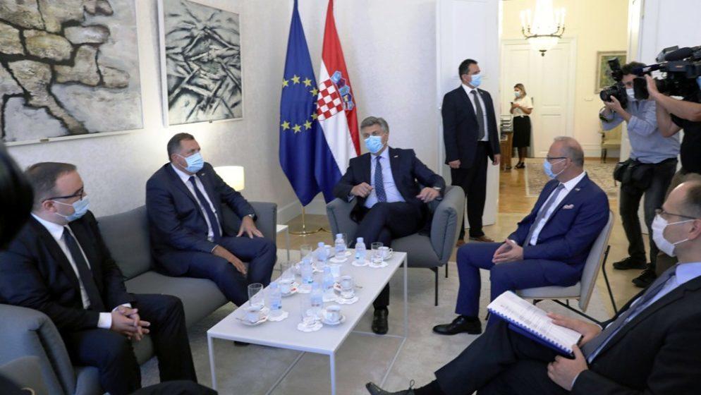 Član Predsjedništva Bosne i Hercegovine Milorad Dodik: 'Hrvatska ima pravo skrbiti o Hrvatima u BiH'