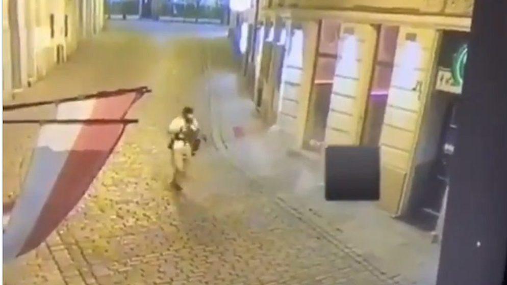 Napadač u Beču pucao iz puške koja je proizvedena u Srbiji