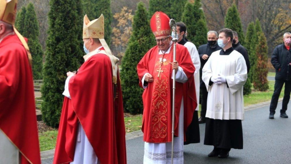 KARDINAL PULJIĆ U VUKOVARU: 'Molimo i za one koji su činili zlo'