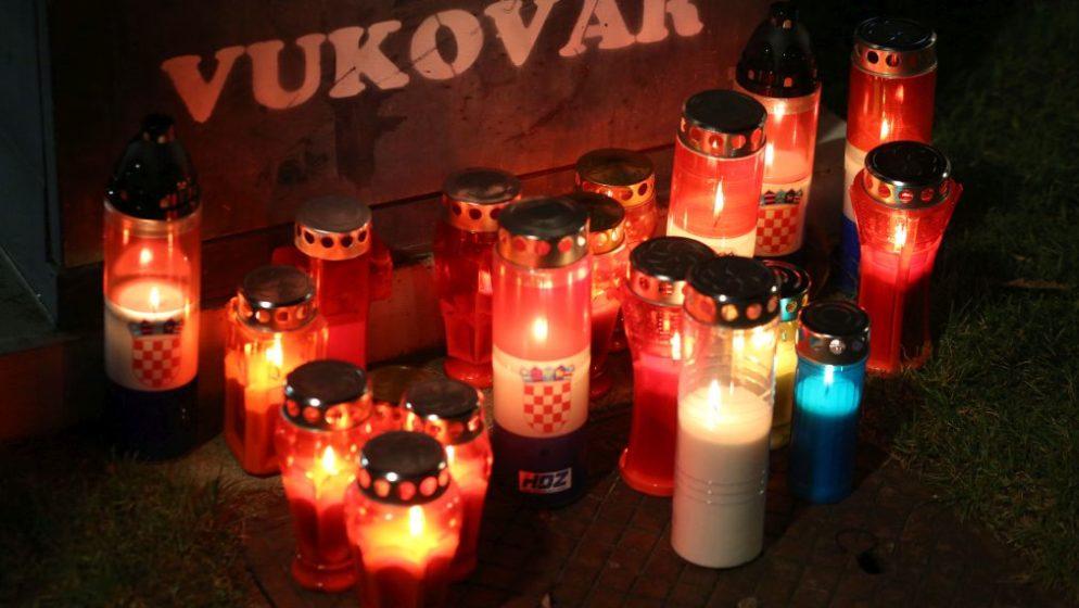 (VIDEO) PET MINUTA ZA SJEĆANJE Danas je Dan sjećanja na žrtvu Vukovara, kako je pao naš grad heroj