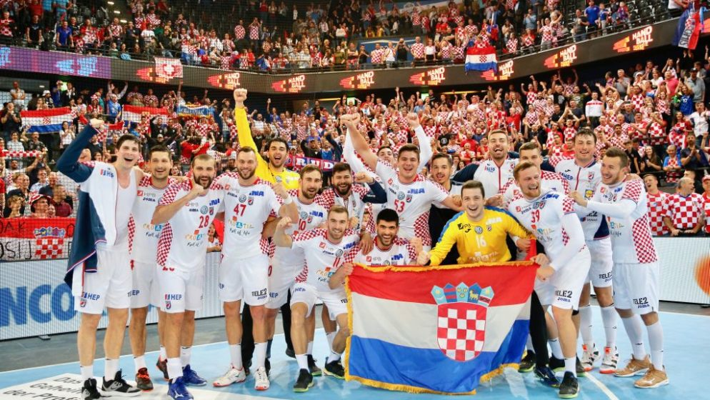 OTKAZ SRPSKOM KOMENTATORU 'Mene su osudili što sam rekao što nemamo navijače kao što ih imaju Hrvati'