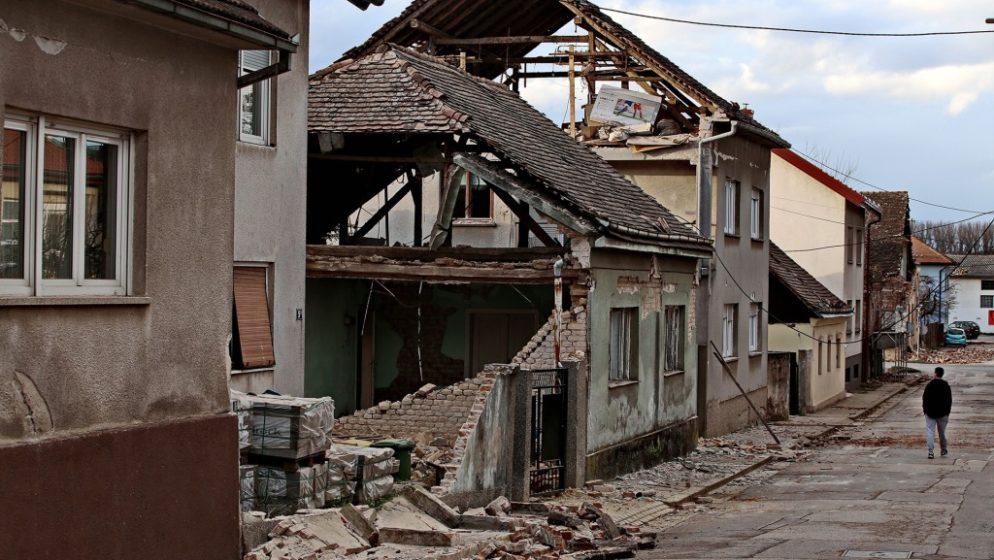 HRVATSKA TUGUJE! Sedam osoba je poginulo u potresu, više od 2000 objekata oštećeno