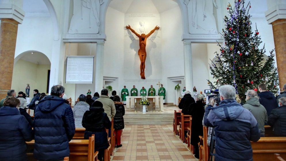 Vrhbosanska nadbiskupija donira 180.000 eura Sisačkoj biskupiji