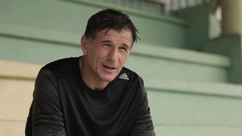 (VIDEO) Nevjerojatna priča Srbina koji je poslan u Vukovar, pobjegao jer nije 'htio ubijati' i postao vrhunski nogometaš