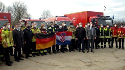 SRCEM ZA HRVATSKU! U Glinu stigao konvoj sa 100 tona humanitarne pomoći iz Njemačke