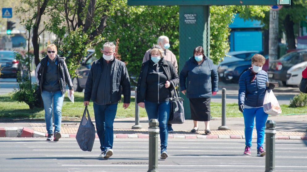 Ministarstvo zdravstva želi obavezno nošenje FFP2 maske i na otvorenom