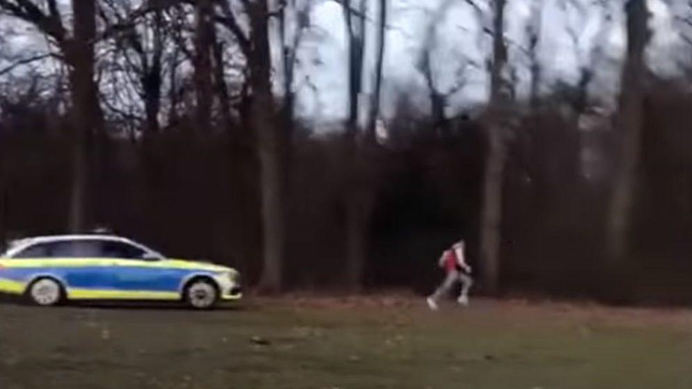 (VIDEO) Filmska policijska potjera u Hamburgu zbog – grljenja!