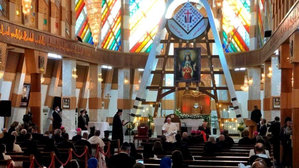 Papa u Iraku poručio: 'Neka utihne oružje!'