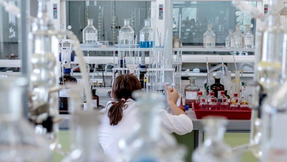 Virus nije 'pobjegao' iz laboratorija, vjerojatno je prešao na ljude sa šišmiša preko neke životinje