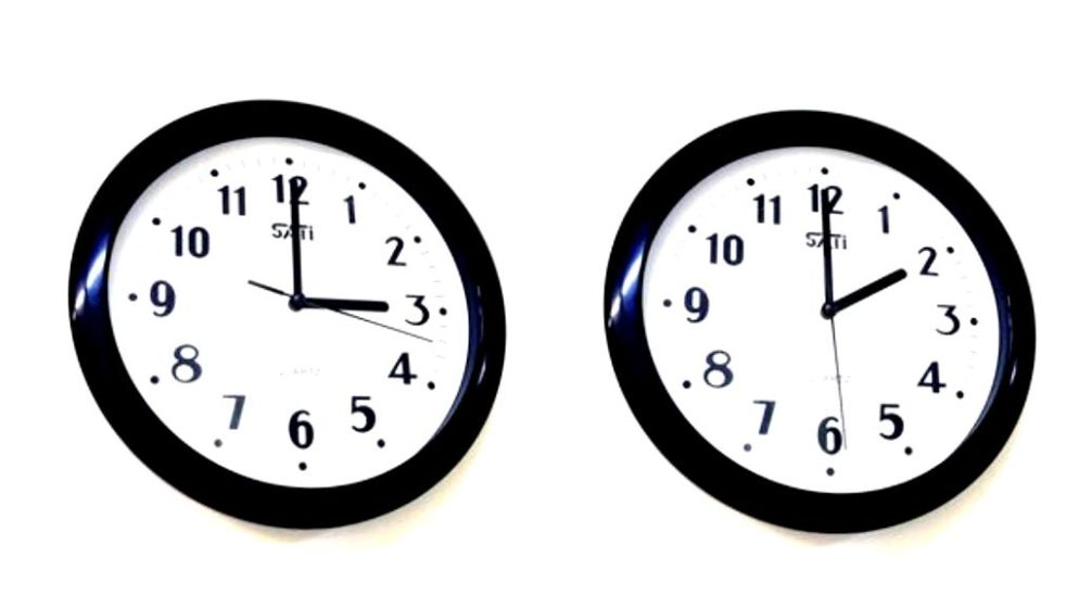 NE ZABORAVITE POMAKNUTI SAT UNAPRIJED! U noći sa subote na nedjelju počinje ljetno računanje vremena