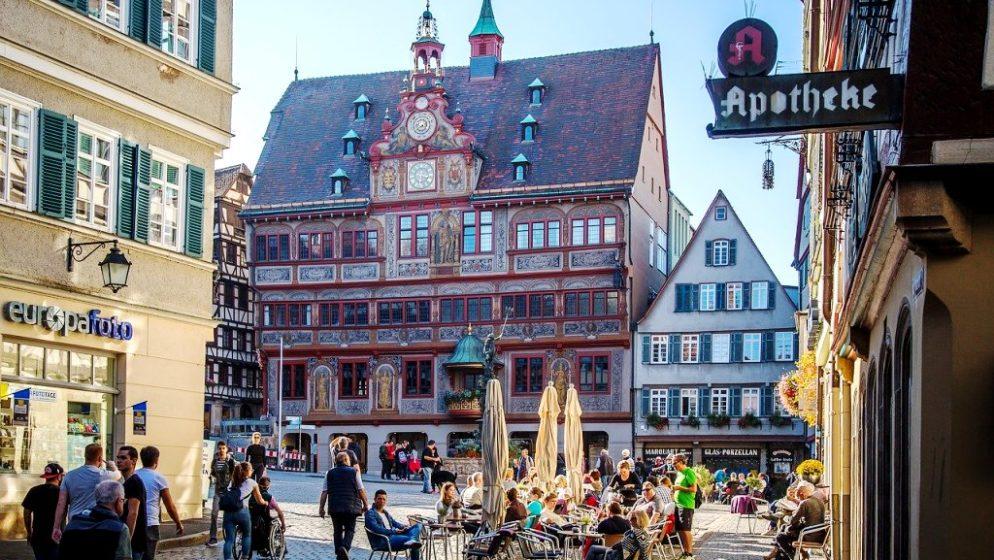 Njemački Tübingen se otvara unatoč trećem valu pandemije