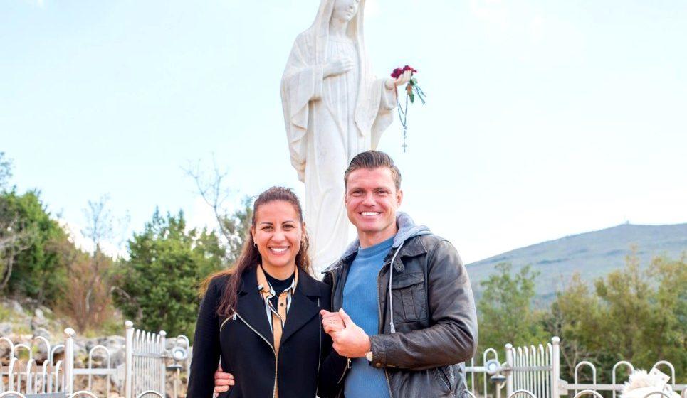 Dvoje mladih iz Austrije okrunili ljubav zarukama na Brdu Ukazanja