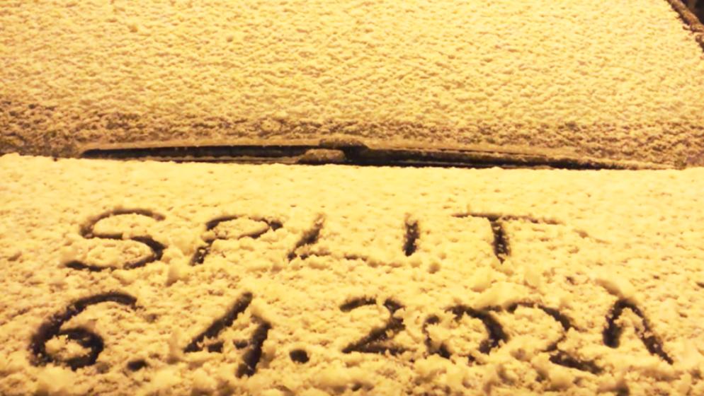 (VIDEO) Povijesni snijeg u travnju zabijelio Split