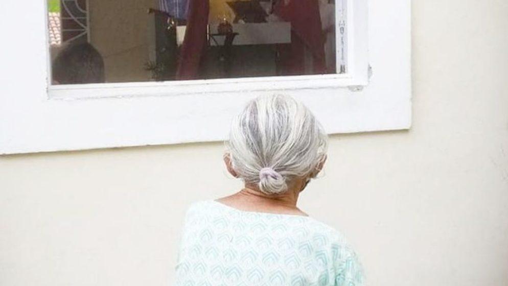 Pobožna i skrušena starica pokazala – ljubav prema svetoj euharistiji pobjeđuje SVE!