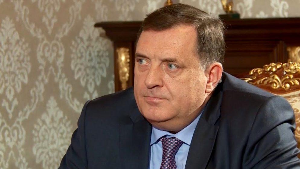 Dodik odgovorio na uvrede, te optužio američkog veleposlanika za miješanje u unutarnje stvari BiH