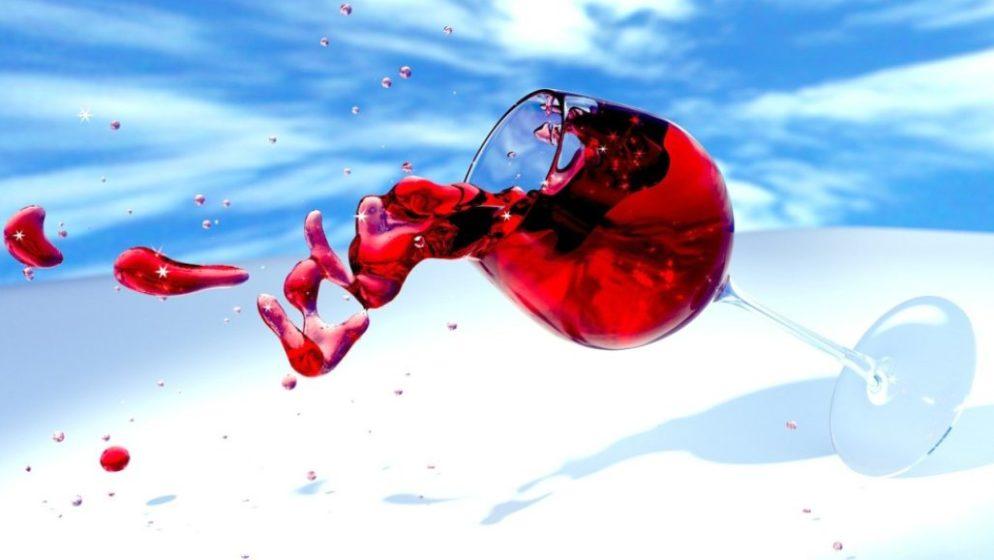 Kardiolozi upozoravaju: I ta jedna čaša vina štetnija je nego što mislite