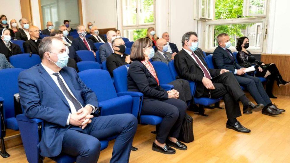 Konferencija 'Identitet Hrvata Boke kotorske' otvorena u Zagrebu