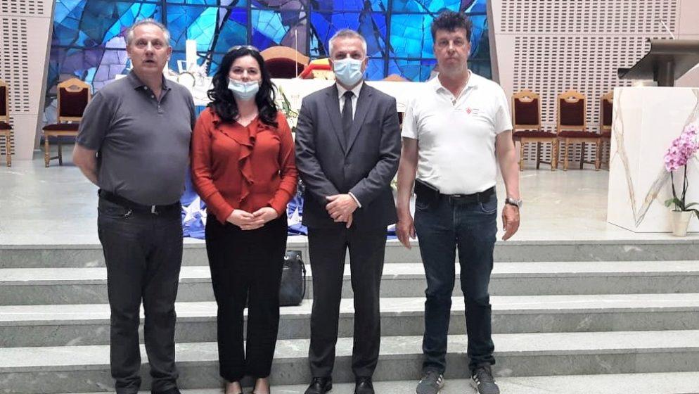 Milas obišao franjevce Bosne Srebrene u Sesvetskoj Sopnici pokraj Zagreba