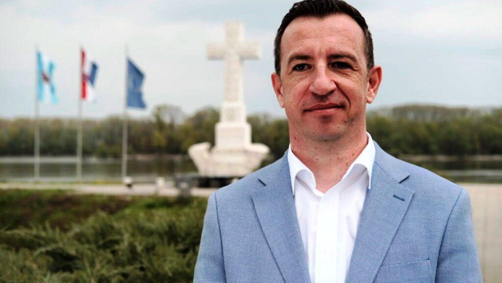 NIKOLA MAŽAR: 'U nedjelju izađite na izbore, birajte Vukovar za mlade i Vukovar s novim, kvalitetnim radnim mjestima'