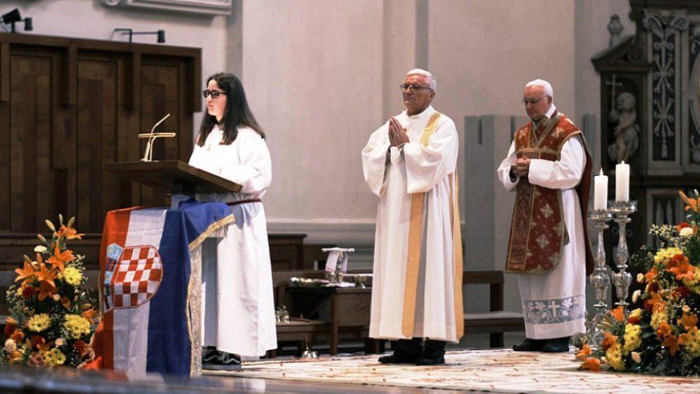 Hrvati proslavili svetkovinu Duhova i rođendan Crkve u velebnoj salzburškoj katedrali