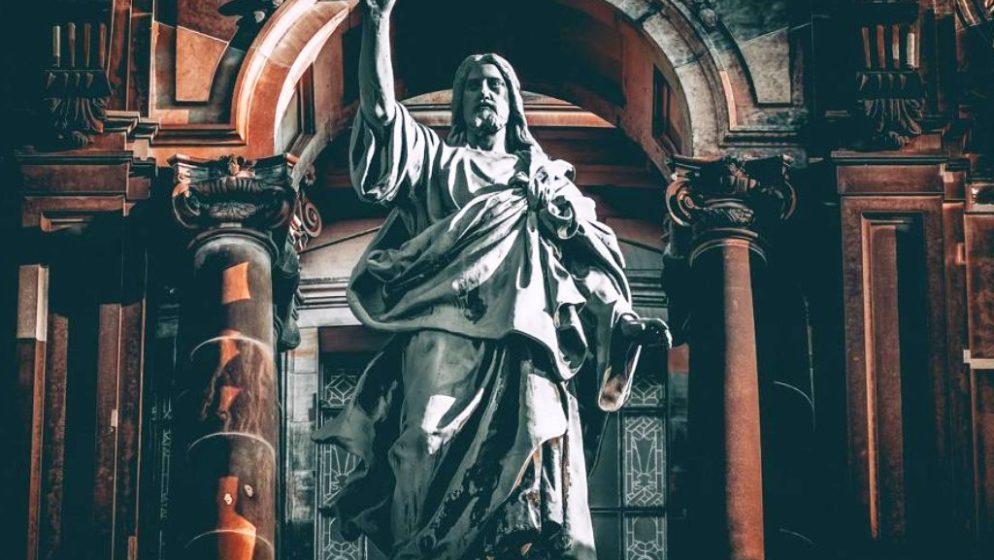 Novo istraživanje: Gotovo polovica milenijalaca ne vjeruje, ili ih nije briga za Boga