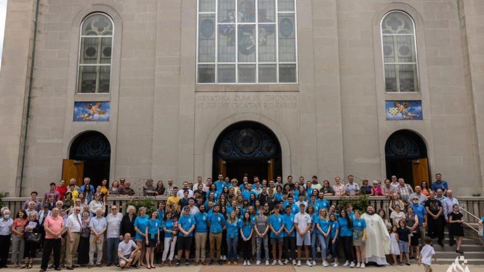 (FOTOGALERIJA, VIDEO) RADOST JE VIDJETI NAŠU MLADEŽ OKUPLJENU OKO KRISTA! Susret hrvatske katoličke mladeži u Sjevernoj Americi