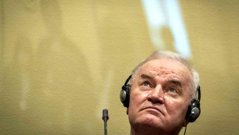 Srbija podijeljena u ocjenama presude Mladiću, u parlamentu sud nazvali 'antisrpskim'
