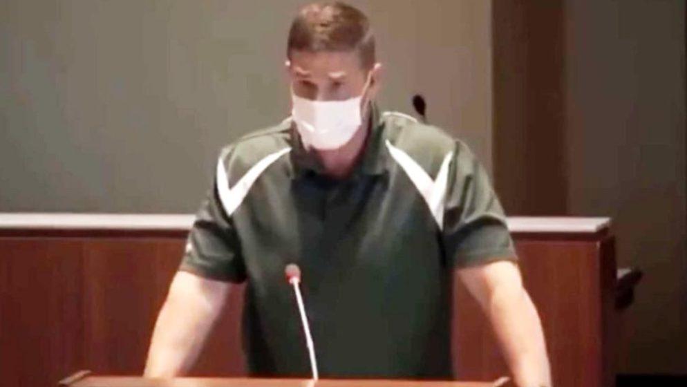 Profesor tjelesnog odgoja suspendiran nakon što je izjavio da 'nikada neće izreći laž'