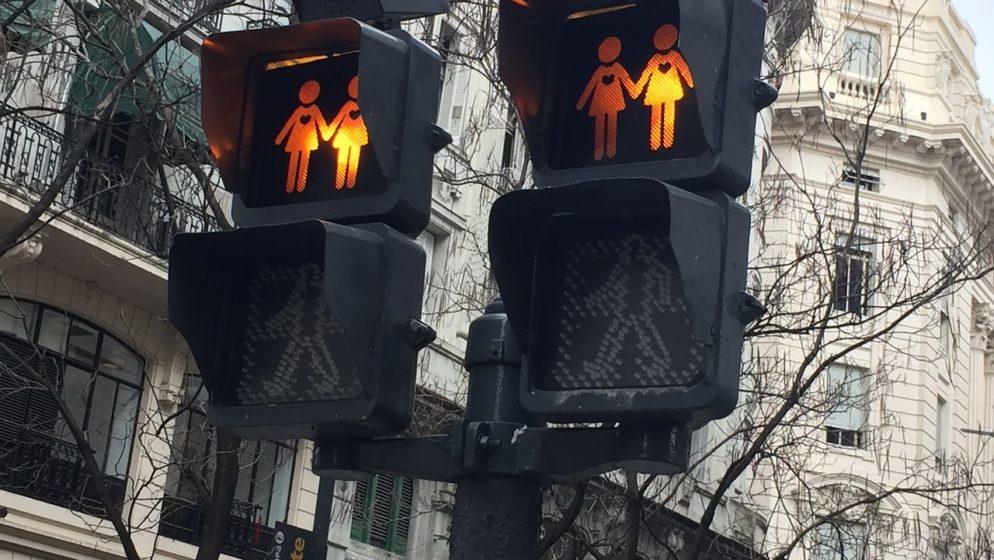 Mađarska zabranjuje promicanje homoseksualnosti