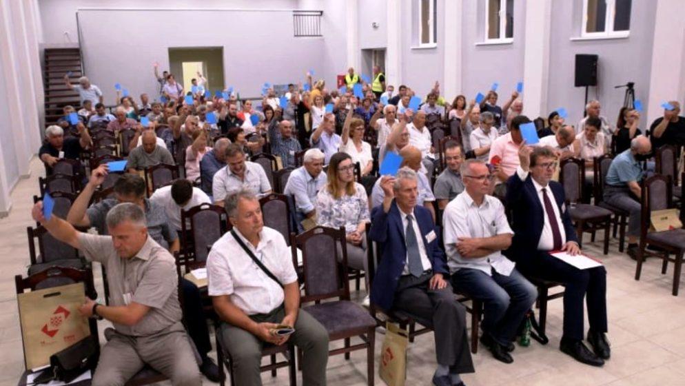 Tomislav Žigmanov ostaje predsjednik Demokratskog saveza Hrvata u Vojvodini