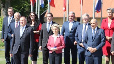 Janša prvog dana predsjedanja Slovenije Vijećem EU izazvao skandal