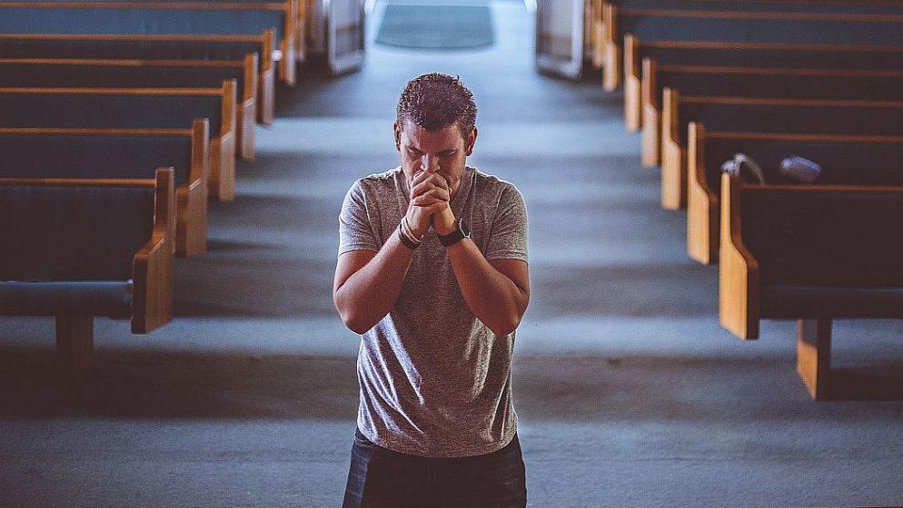 Karmelićeni: Dolično se odjenite i poštujte svetost crkvenog prostora