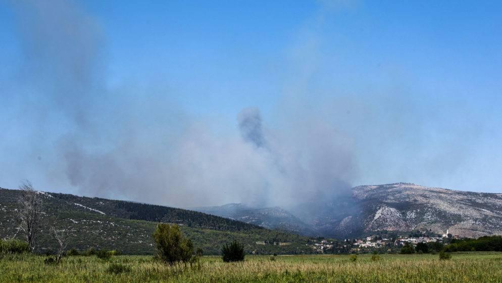 Požari diljem BiH a Dodik blokira uporabu vojnih helikoptera za gašenje